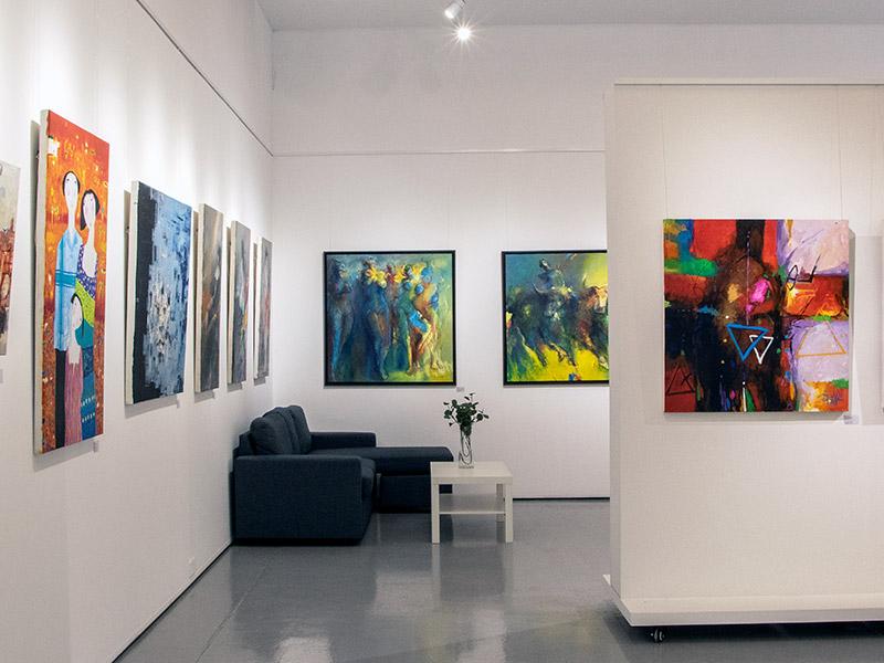 Picasso Gallery Dubai Inside